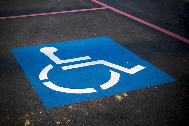talne označbe na parkirišču